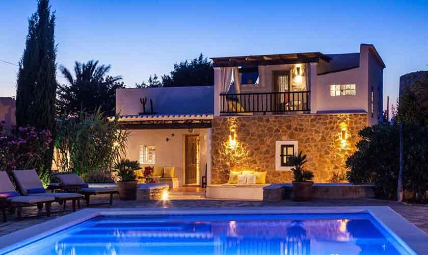 Blick auf die Finca Ibiza für 8 Personen IBZ 23