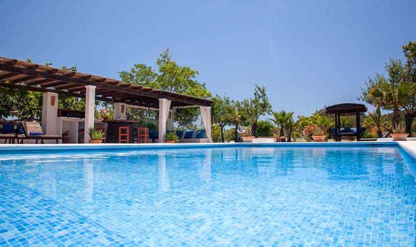 Poolblick Finca Ibiza für 8 Personen IBZ 23