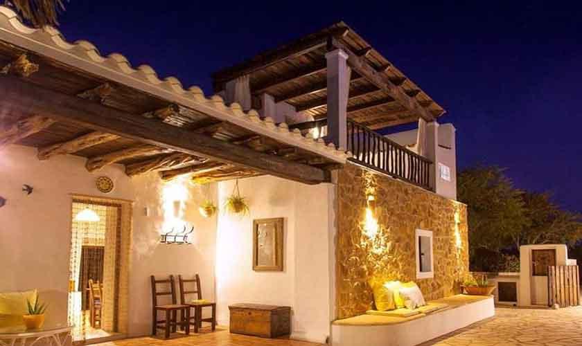 Blick auf die Ferienfinca Ibiza IBZ 23