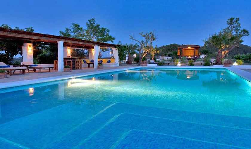Pool und Terrasse Finca Ibiza IBZ 23