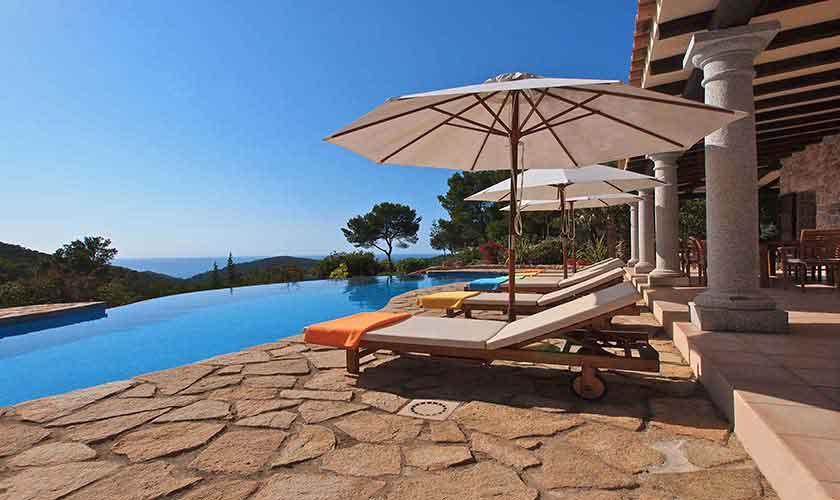 Pool und Meerblick Villa Ibiza 10 Personen IBZ 24