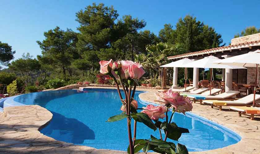 Poolblick Villa Ibiza 10 Personen IBZ 24