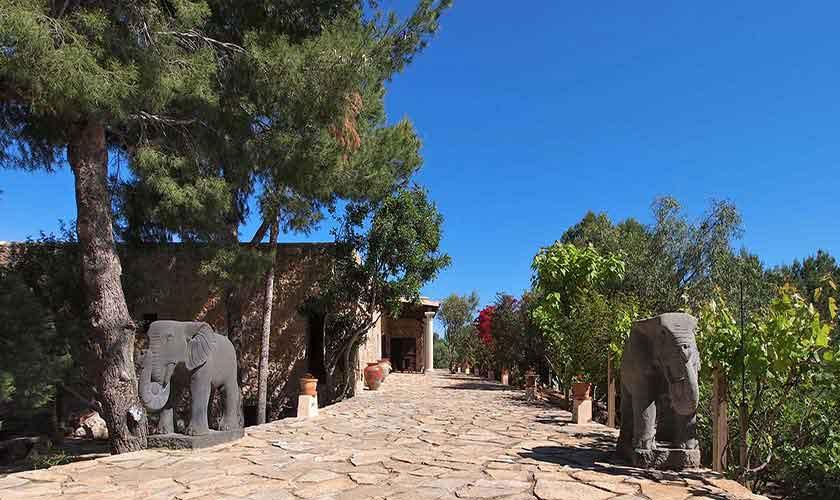 Garten Ferienvilla Ibiza 10 Personen IBZ 24