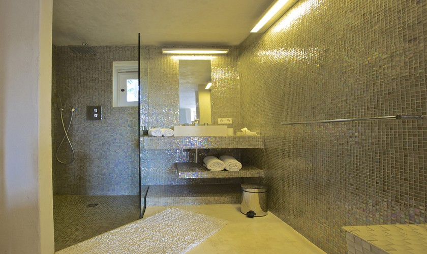 Badezimmer Ferienvilla Ibiza 10 Personen IBZ 25
