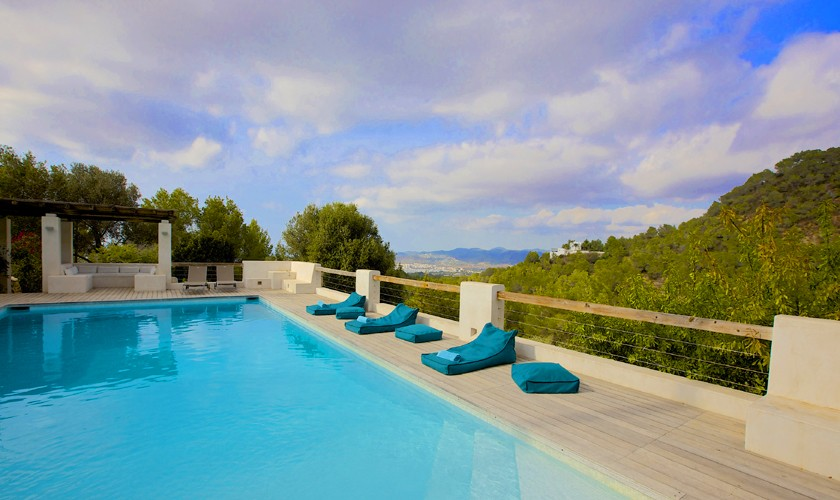 Pool und Blick Finca Ibiza 10 Personen IBZ 25