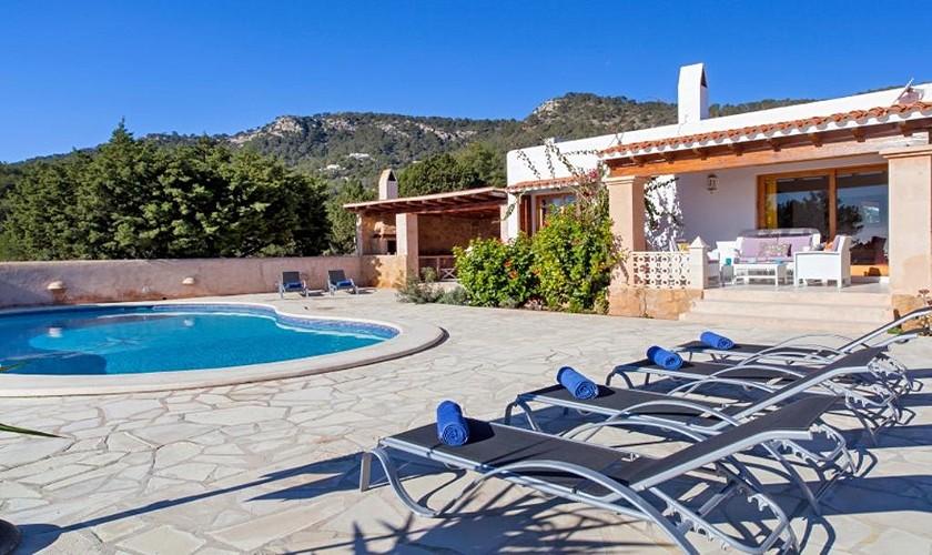 Pool und Liegen Ferienhaus Ibiza IBZ 27