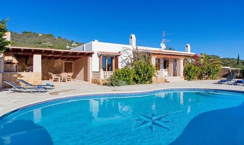 Pool und Ferienvilla Ibiza Meerblick IBZ 27