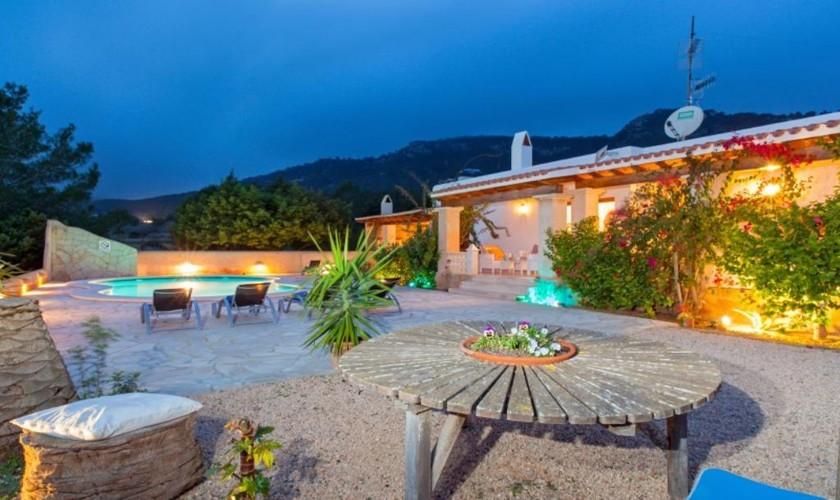 Pool und Terrasse Ferienhaus Ibiza IBZ 27