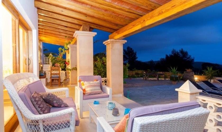Überdachte Terrasse Ferienhaus Ibiza IBZ 27