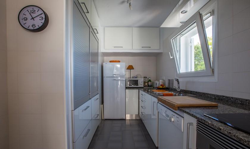 Küche Ferienvilla Ibiza Meerblick IBZ 31