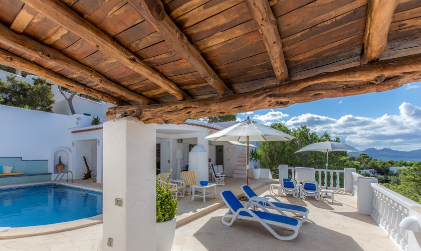 Terrasse und Pool Ferienvilla Ibiza IBZ 31