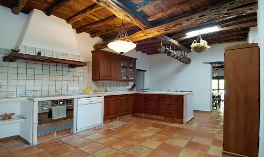 Küche Finca Ibiza 10 Personen IBZ 35