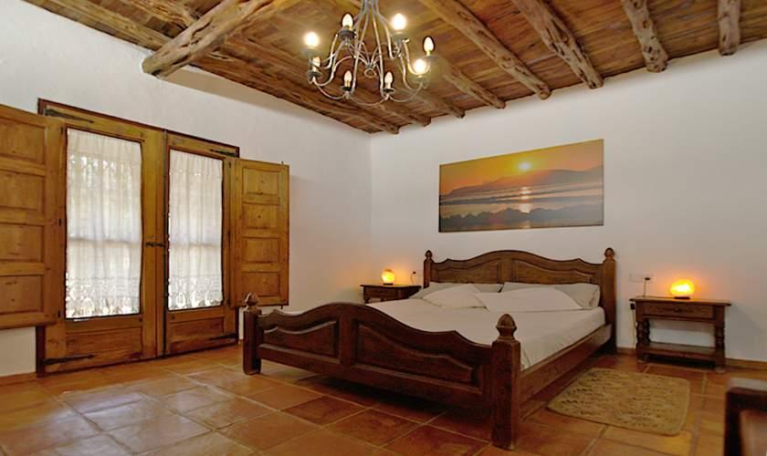Schlafzimmer Ferienfinca Ibiza IBZ 35