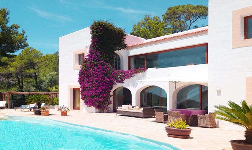 Poolblick und Ferienhaus Ibiza 6 Personen IBZ 45