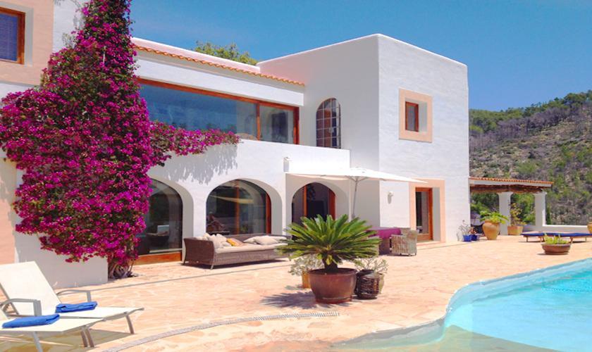 Pool und Ferienvilla Ibiza 6 Personen IBZ 45