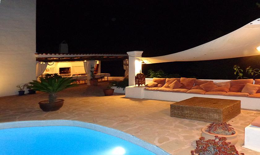 Terrasse abends Ferienvilla  Ibiza für 6 Personen IBZ 45