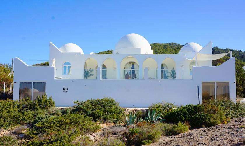 Blick auf die Villa Ibiza IBZ 50