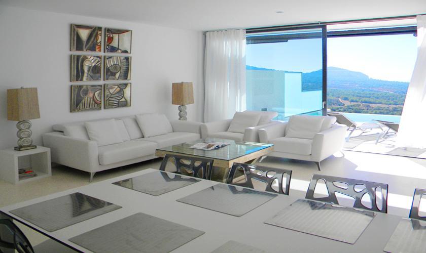 WohnraumVilla Ibiza mit Meerblick IBZ 52