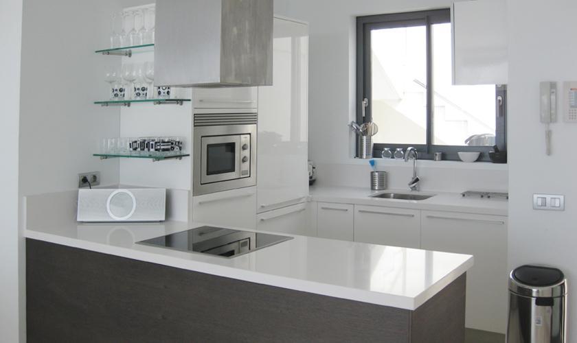 Küche Ferienvilla Ibiza mit Meerblick und Pool IBZ 52