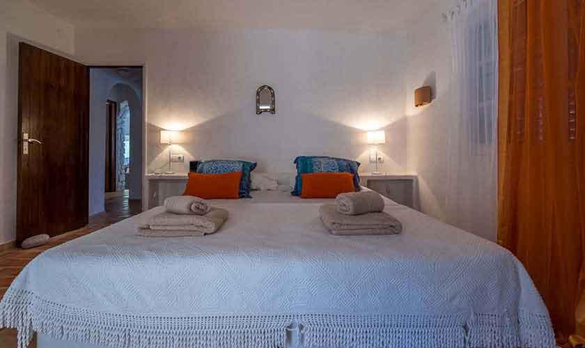 Schlafzimmer Finca Ibiza 10 Personen Ibz 61