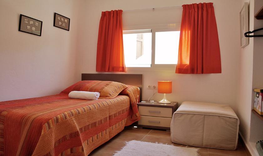 Einzelzimmer Ferienhaus Ibiza mit Meerblick IBZ 62
