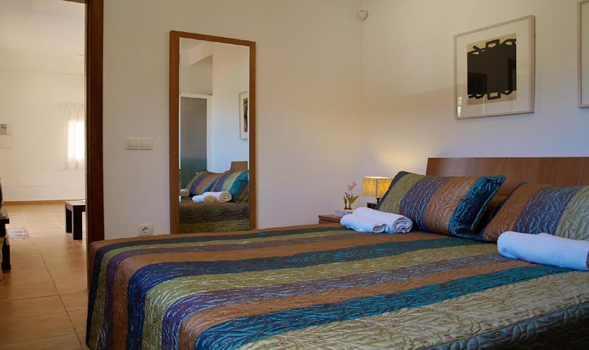 Schlafzimmer Ferienhaus Ibiza mit Meerblick IBZ 62