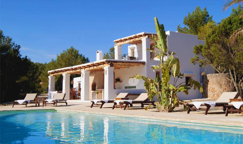 Pool und Villa Ibiza IBZ 66