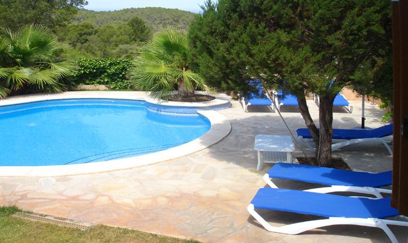 Pool und Liegen Finca Ibiza 10 Personen IBZ 67