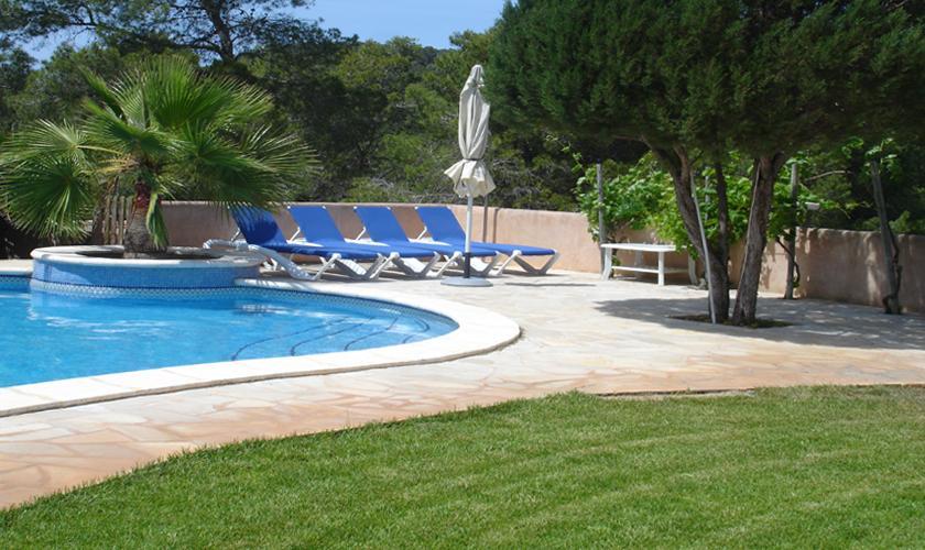 Pool der Finca Ibiza 10 Personen IBZ 67