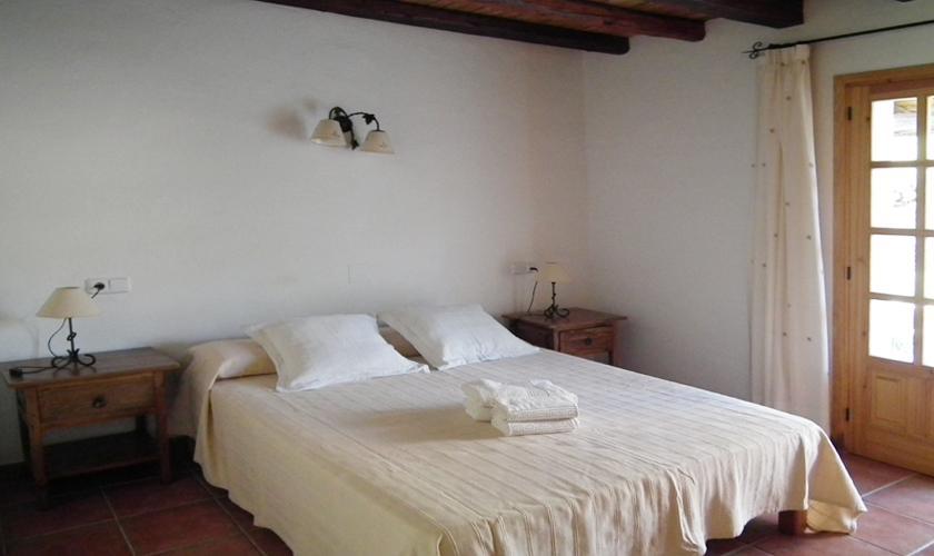 Schlafzimmer Ferienfinca Ibiza IBZ 67
