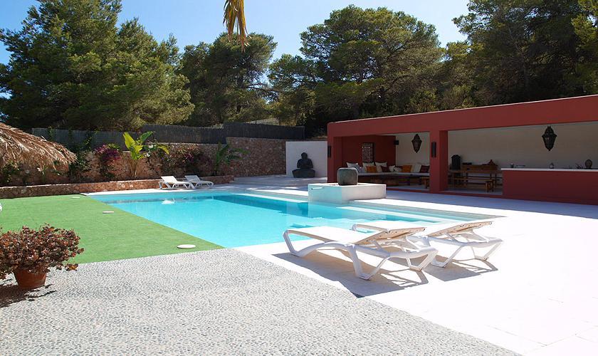 Poolblick Finca Ibiza für 12 - 14 Personen IBZ 68