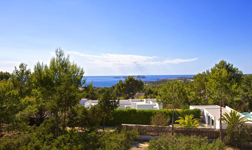 Blick auf das Ferienhaus Ibiza 10 Personen IBZ 70