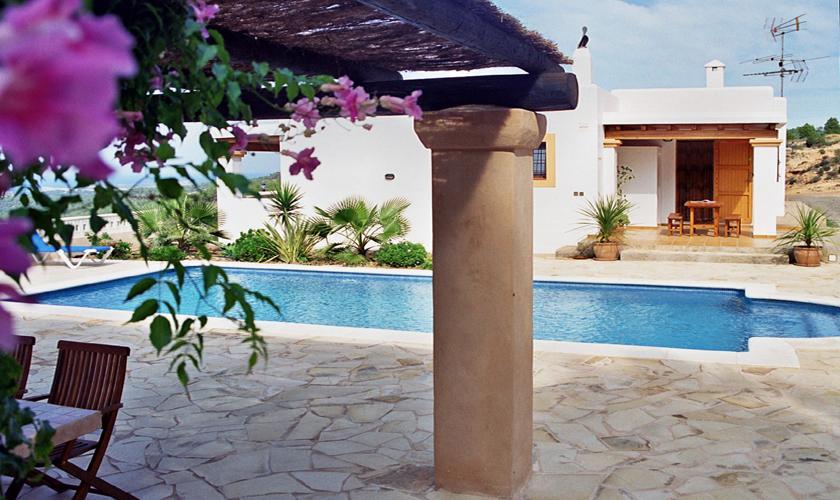 Terrasse und Pool Finca Ibiza IBZ 76