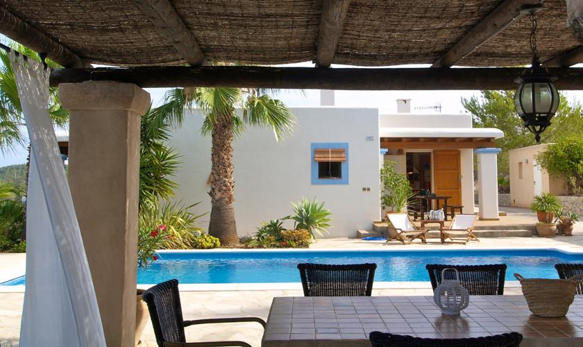 ferienhaus ibiza mit meerblick und pool f r 6 personen mieten steiner. Black Bedroom Furniture Sets. Home Design Ideas