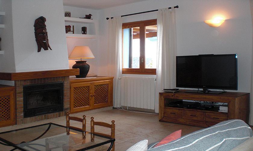 Wohnraum Ferienfinca Ibiza mit Pool IBZ 76