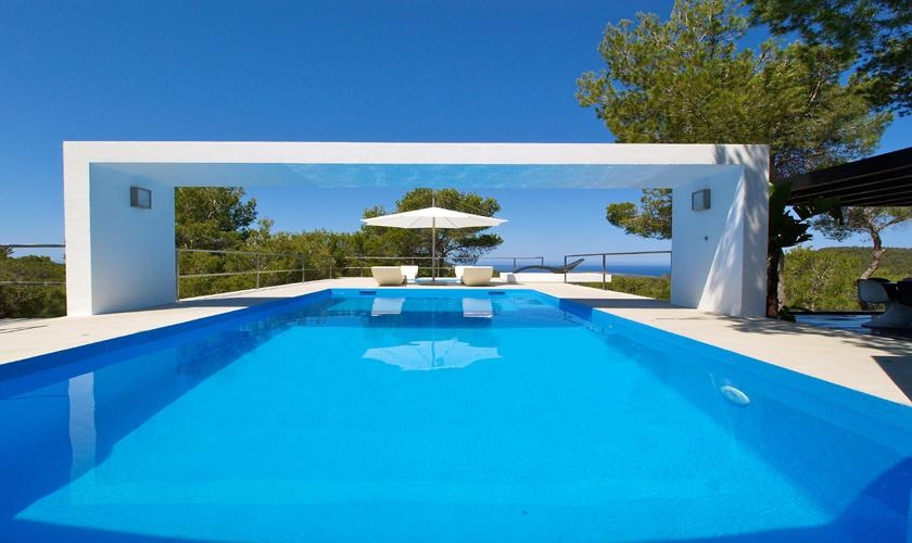 luxusvilla ibiza mit meerblick pool f r 10 personen. Black Bedroom Furniture Sets. Home Design Ideas