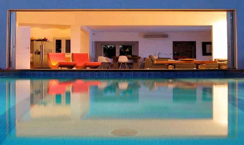 Pool und Ferienvilla Ibiza IBZ 81