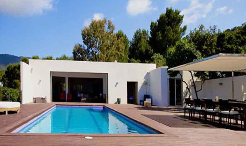 ibiza exklusive poolvilla mit strandzugang meerblick. Black Bedroom Furniture Sets. Home Design Ideas