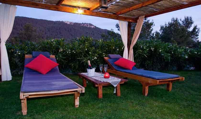 Chill-out Finca Ibiza für 8-10 Personen IBZ 82
