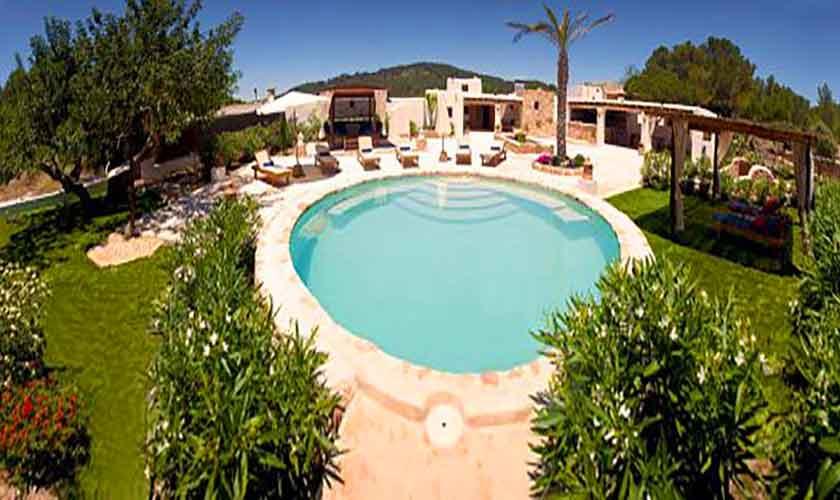 Blick auf die Finca Ibiza für 8-10 Personen IBZ 82
