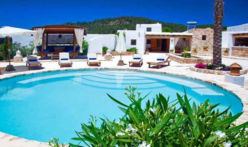 Pool und Finca Ibiza für 8-10 Personen IBZ 82