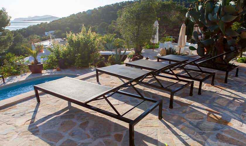 Pool und Liegen Finca Ibiza Ses Salines IBZ 85