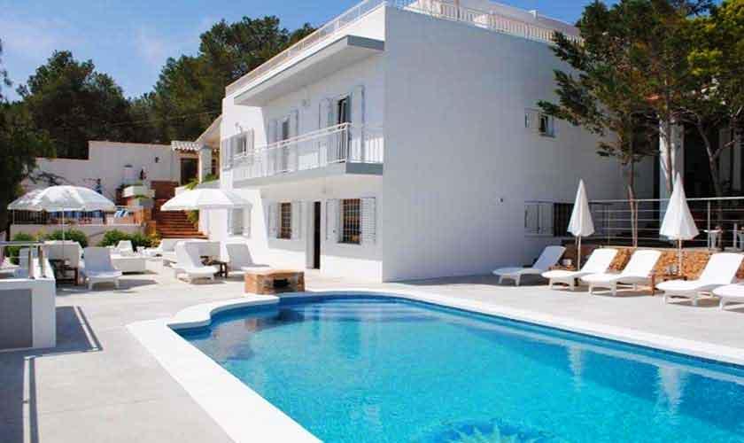 Pool und Villa Ibiza 12 Personen IBZ 88