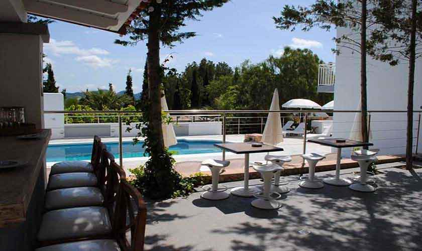 Pool und Lounge Ferienvilla Ibiza 12 Personen IBZ 88