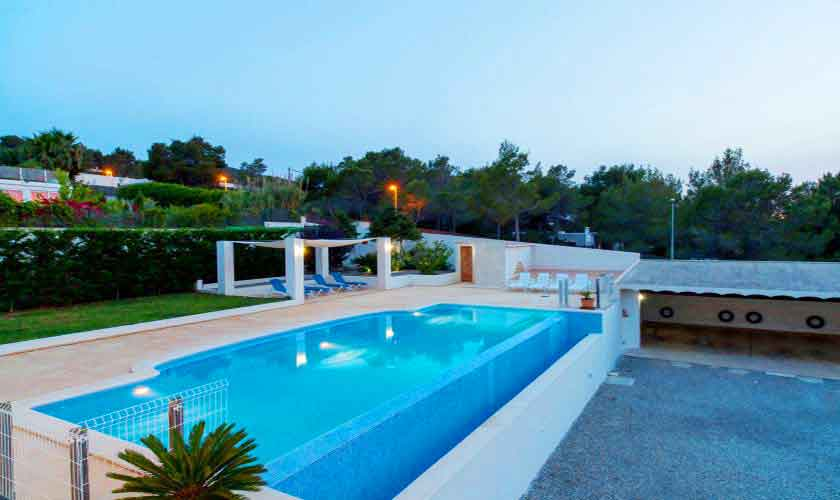 Poolblick Ferienvilla Ibiza 8 Personen IBZ 91