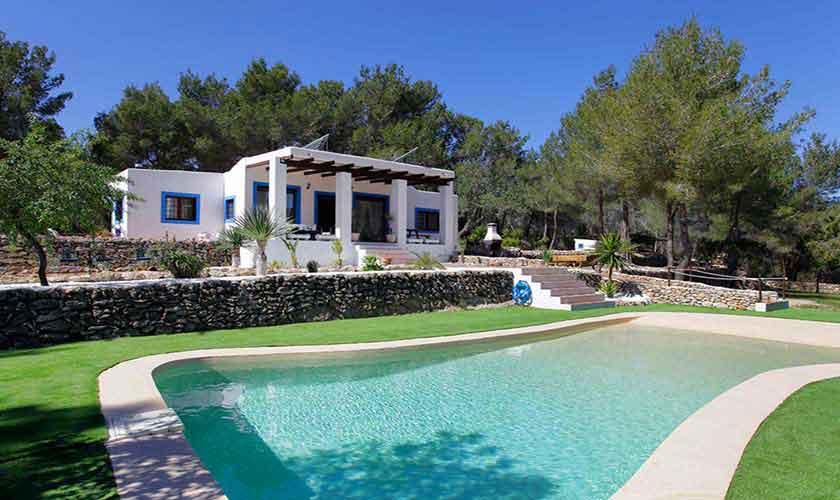 Poolblick und Finca Ibiza 6 Personen IBZ 96