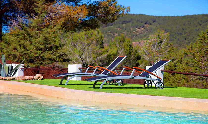 Pool und Landschaft Finca Ibiza 6 Personen IBZ 96