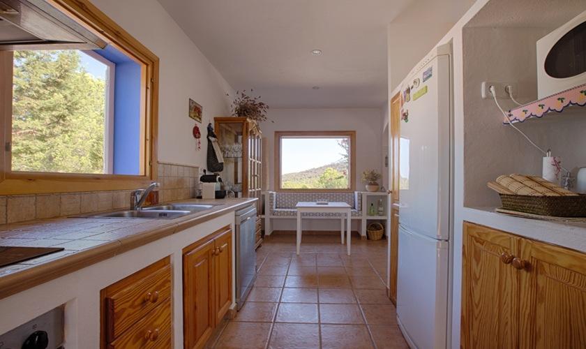 Küche Ferienhaus Ibiza Cala Tarida  IBZ 10