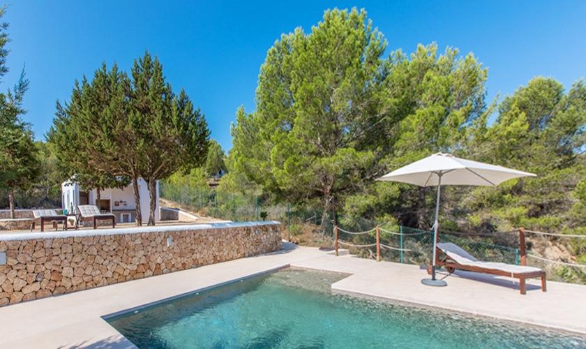 Pool und Blick Ferienhaus Ibiza 6 Personen IBZ 10