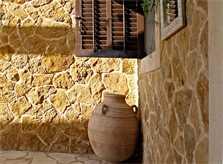 Trockensteinmauer Komfortvilla Ibiza mit Pool IBZ 11